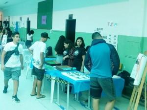 EM Tancredo Neves promove Feira do Conhecimento