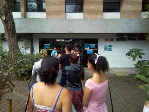 Prefeitura de Ubatuba divulga lista de inscritos para licença de ambulantes