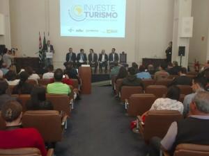 Ubatuba participa do seminário Investe Turismo