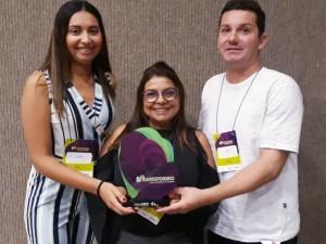 Sebrae Aqui de Ubatuba recebe prêmio de posto com maior fidelidade dos clientes