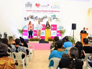 Centro de Capacitação do Fundo Social forma 120 alunos