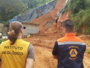Defesa Civil de Ubatuba orienta população sobre as chuvas