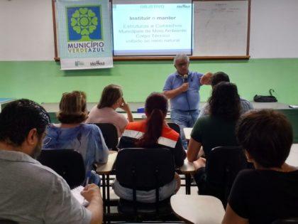 Ubatuba recebe oficina com coordenador do Programa Município VerdeAzul