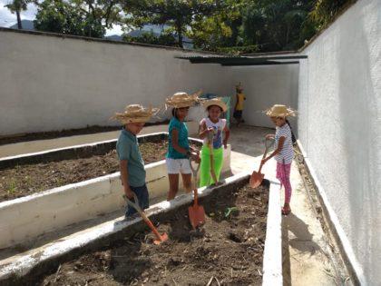 Alunos com necessidades educativas especiais participam de projeto direcionado