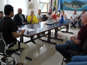 Ubatuba reúne instituições e solicita apoio para evitar aglomerações na cidade