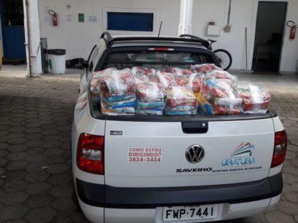 Prefeitura de Ubatuba distribui kits de alimento para alunos em situação de vulnerabilidade