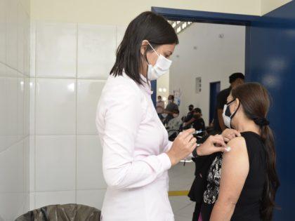 Secretaria de Saúde divulga alterações na vacinação contra a Covid-19