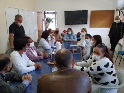 Prefeitura reúne-se com técnicas de enfermagem da Santa Casa