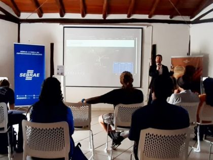 Ubatuba participa de Workshop de Formatação de Roteiros Turísticos Regionais